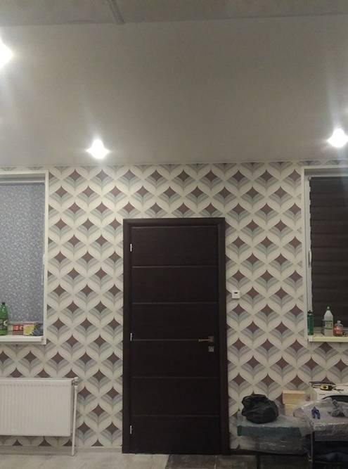 Натяжной потолок — никаких швов, все идеально ровно
