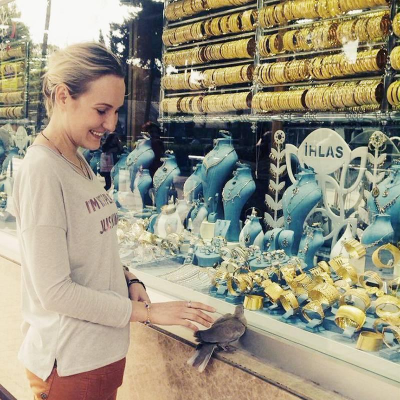 Многие туристы покупают в Турции золото и бриллианты