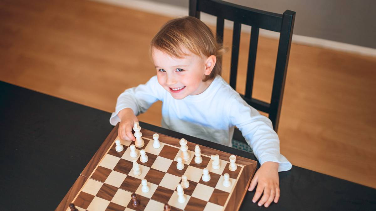 Сколько стоит отдать ребенка на шахматы