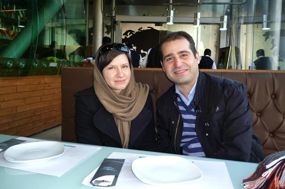 Мы с мужем в ресторане Mellal на нижнем этаже моста Табиат