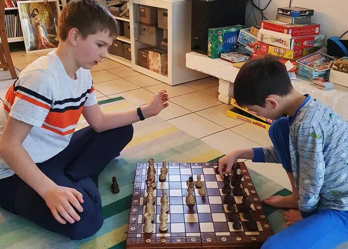 У детей и родителей появилось больше времени для игр друг с другом
