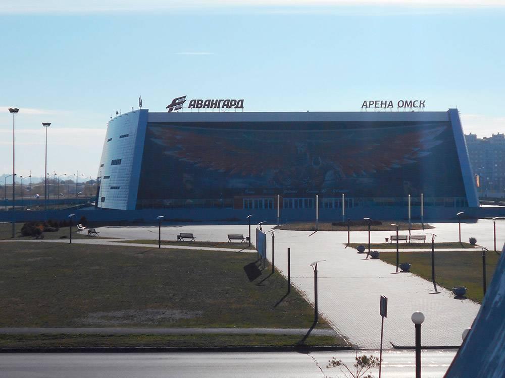 «Арена-Омск» — ледовый дворец, где играл «Авангард». В этом году она треснула, и играть там больше нельзя