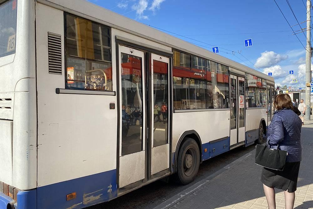 Один из популярных городских маршрутов № 18 проходит через половину Тамбова — от железнодорожного вокзала до северной части города