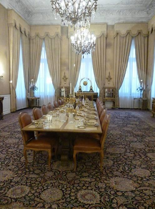 Гостиная в Белом дворце