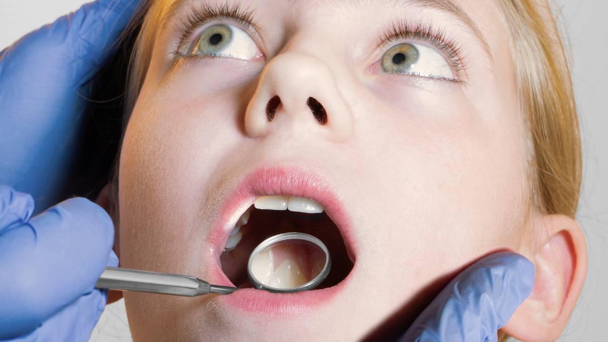 Сколько стоит лечение детских зубов
