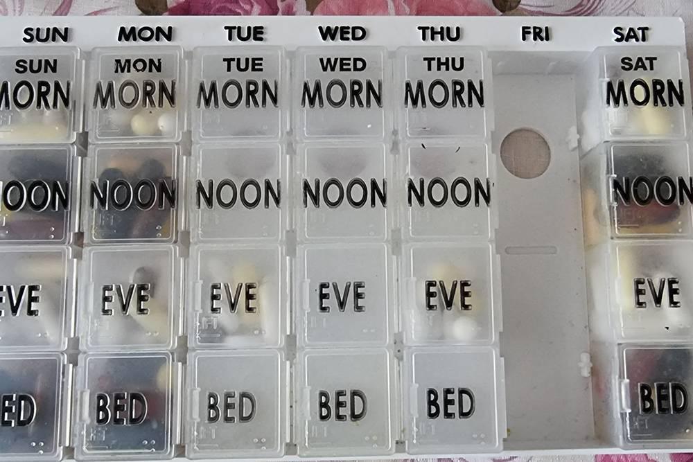 Собираю таблетницу раз в неделю