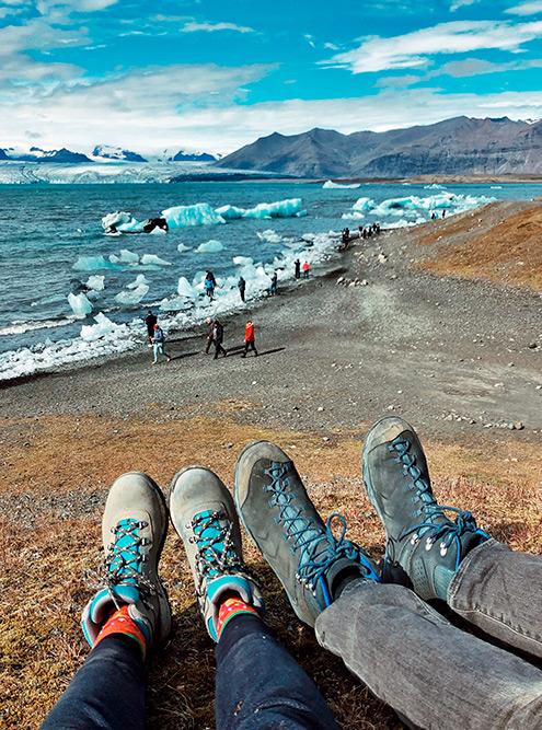 Безтрекинговых ботинок в Исландии вы рискуете поскользнуться, упасть или подвернуть лодыжку