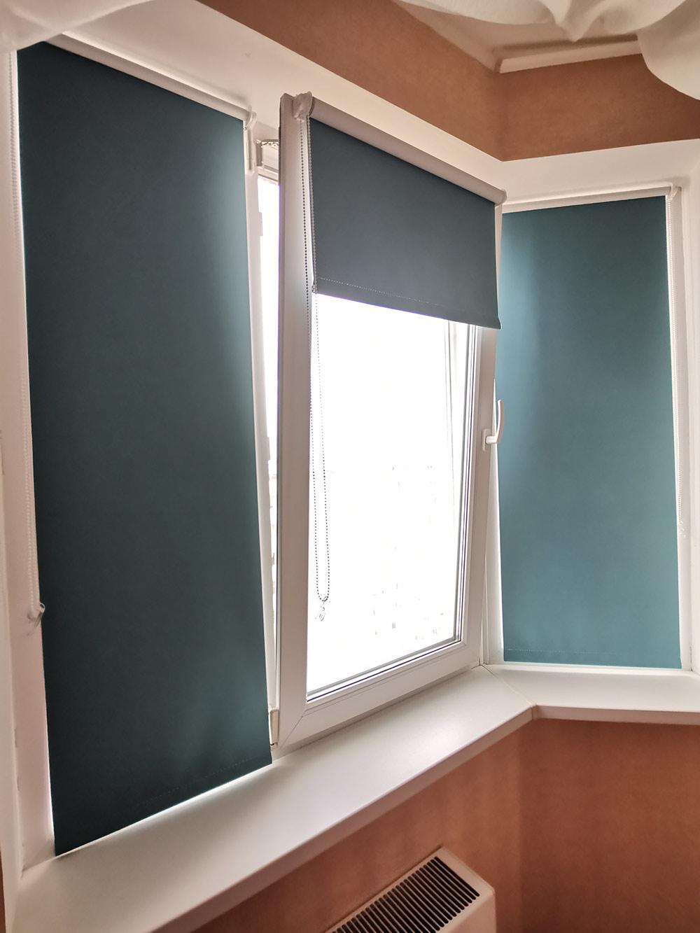 Наши рулонные шторы почти не пропускали свет