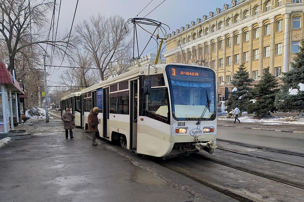 Порой в городе появляются новые троллейбусы и трамваи