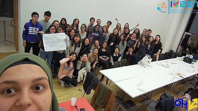 После международного ужина со студентами по программе «Эразмус»