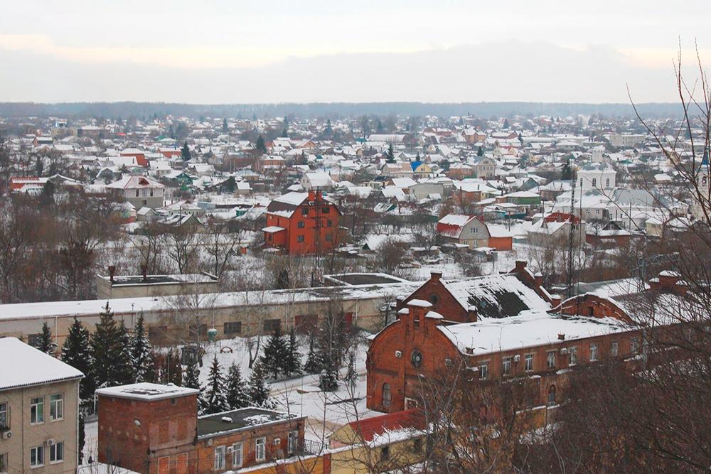 Это район Стрелецкой, центр города: до улицы Ленина меньше километра. Вокруг старые одноэтажные дома