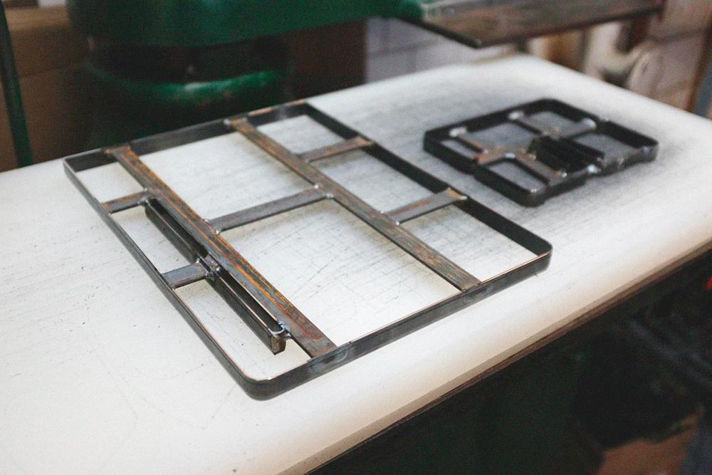 Резаки для вырубного пресса. Один стоит от 600 рублей до 4 тысяч в зависимости от сложности конструкции