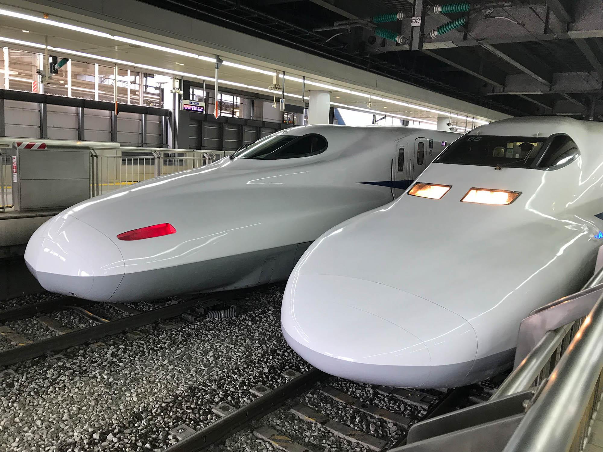 Так выглядит скоростной поезд «Синкансен» — «поезд-пуля»