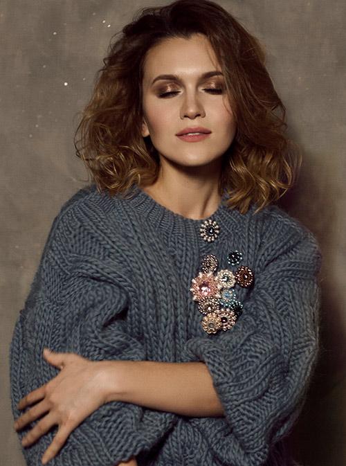 Алина договорилась о совместной съемке с брендами одежды e77da846ee0
