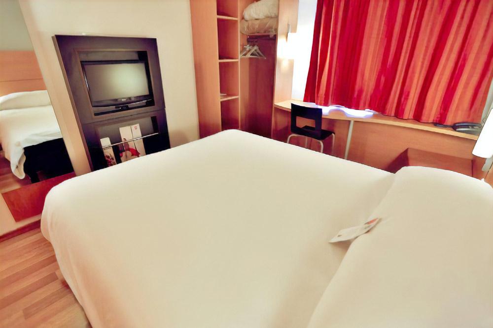 Отель в Фесе стоил 3600 за ночь. Источник: booking.com