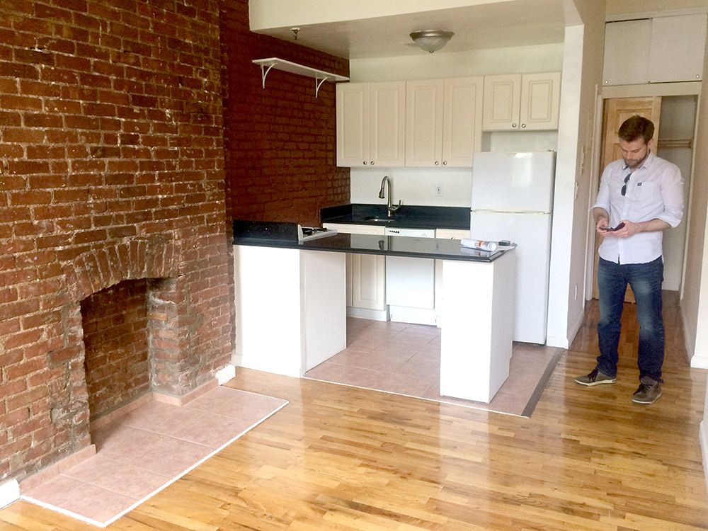Мы снимаем квартиру в районе Верхний Вест-Сайд на Манхэттене рядом с Центральным парком за 2475$ в месяц