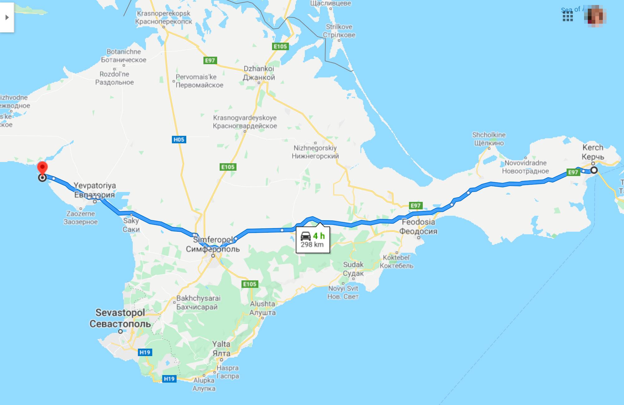 Наш путь через Крым до первой точки маршрута не проходил вдоль моря. Мы ехали более прямой и короткой дорогой