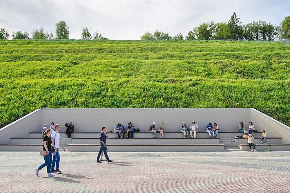 Вид на Нагорный парк с набережной. Фото: Антон Знаменщиков