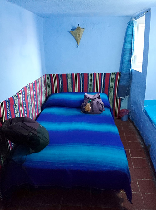 Наша комната и рюкзаки в даре в Шефшауэне. Кондиционера нет — ночью было жарко