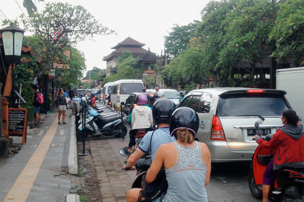 Балийские новогодние пробки