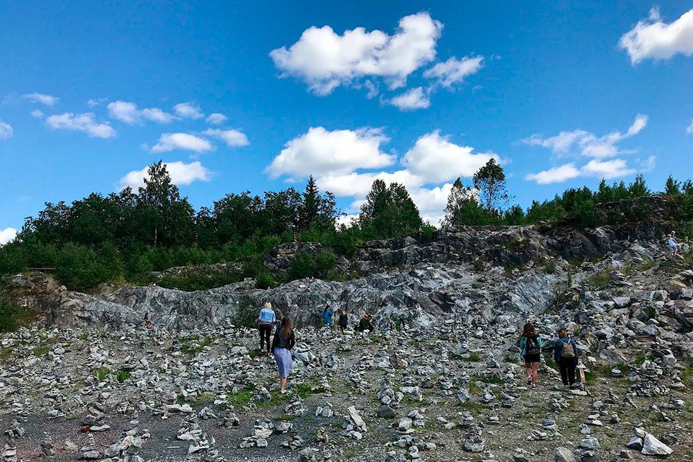 Площадка с камнями называется «Жизнь удивительных камней». Это очень атмосферное место