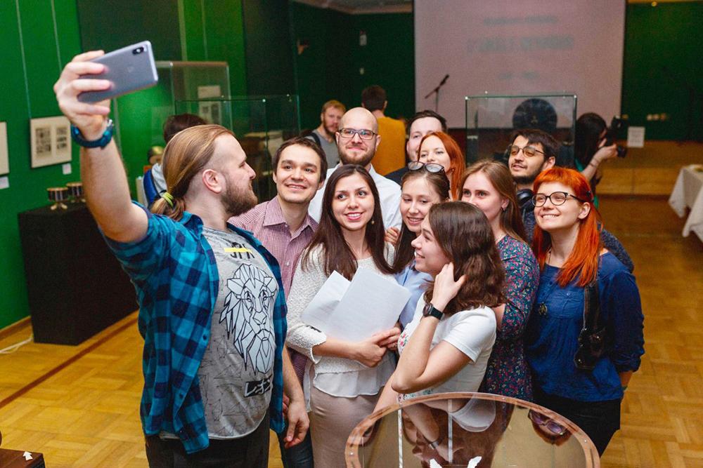 Команда «Мастерской братьев Васильевых» на официальном открытии выставки «До кино» в марте 2019года