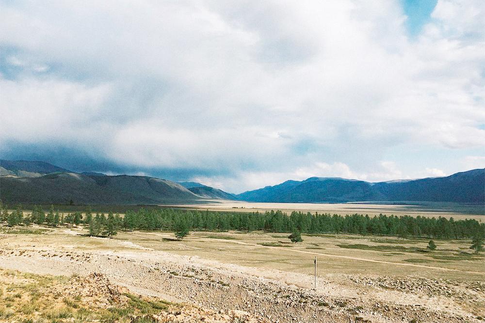 Курайская степь. За горами — Монголия
