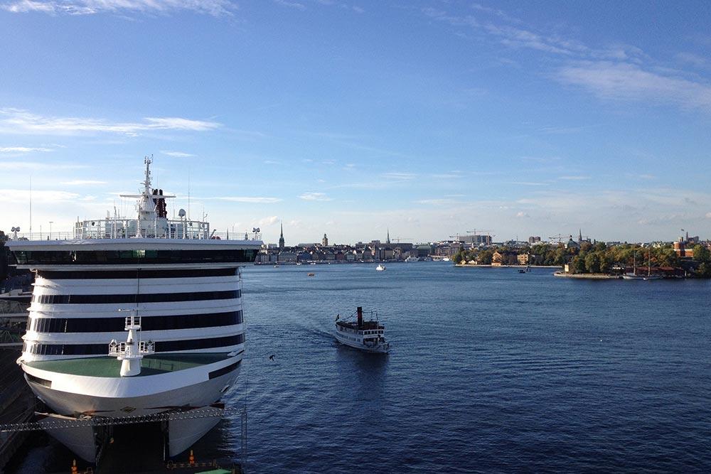 Паром «Викинг-лайна» приходит почти в самый центр Стокгольма