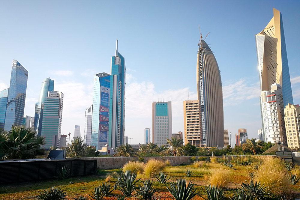 Вид на Кувейт-сити из парка Аль-Шахид