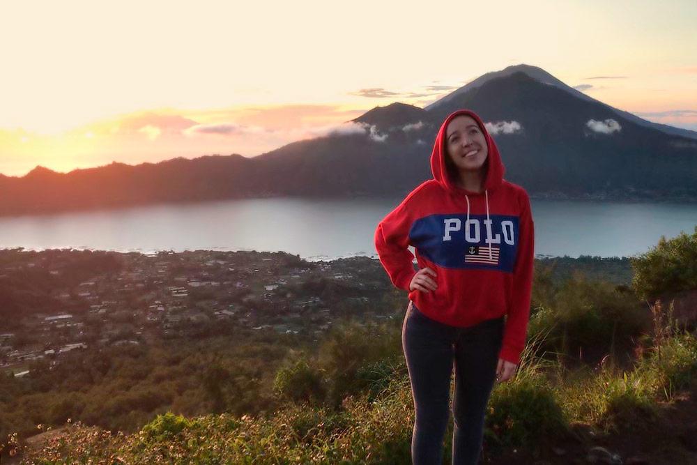 Это я на вершине вулкана Гунунг-Батур