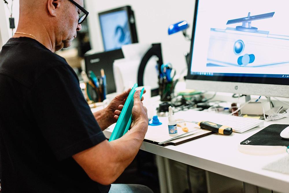 SolidWorks до сих пор основной инструмент, с помощью которого инженеры создают 3Д-модели устройств