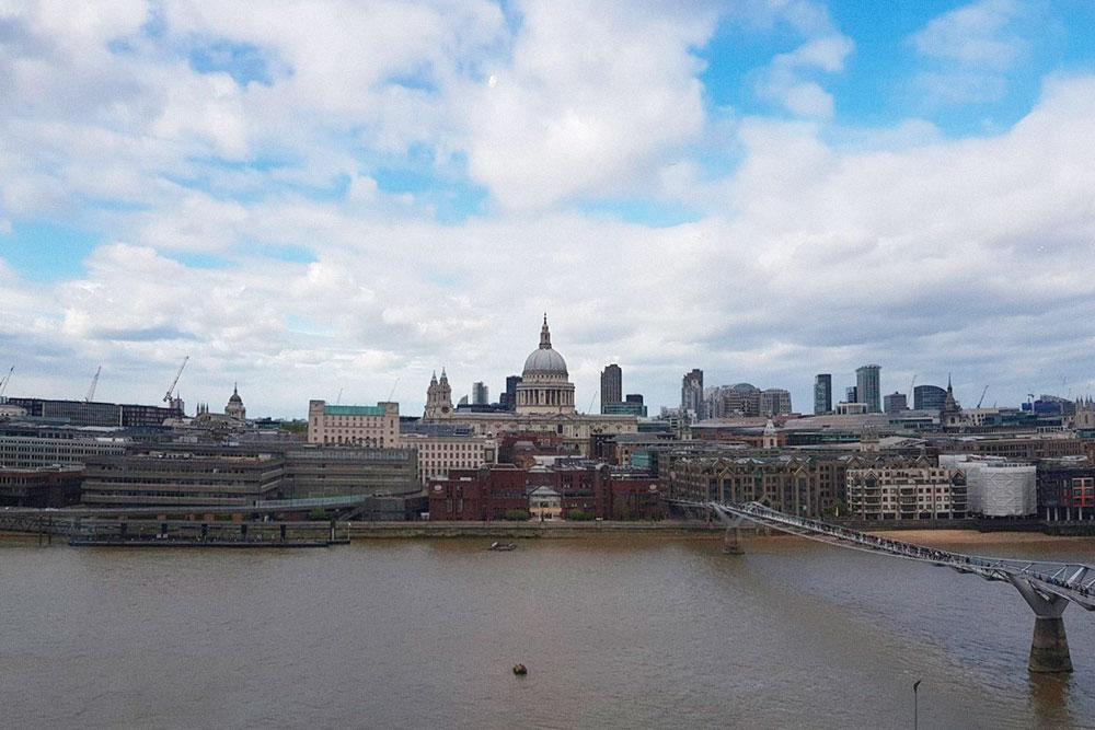 Вид на Лондон из галереи Тейт
