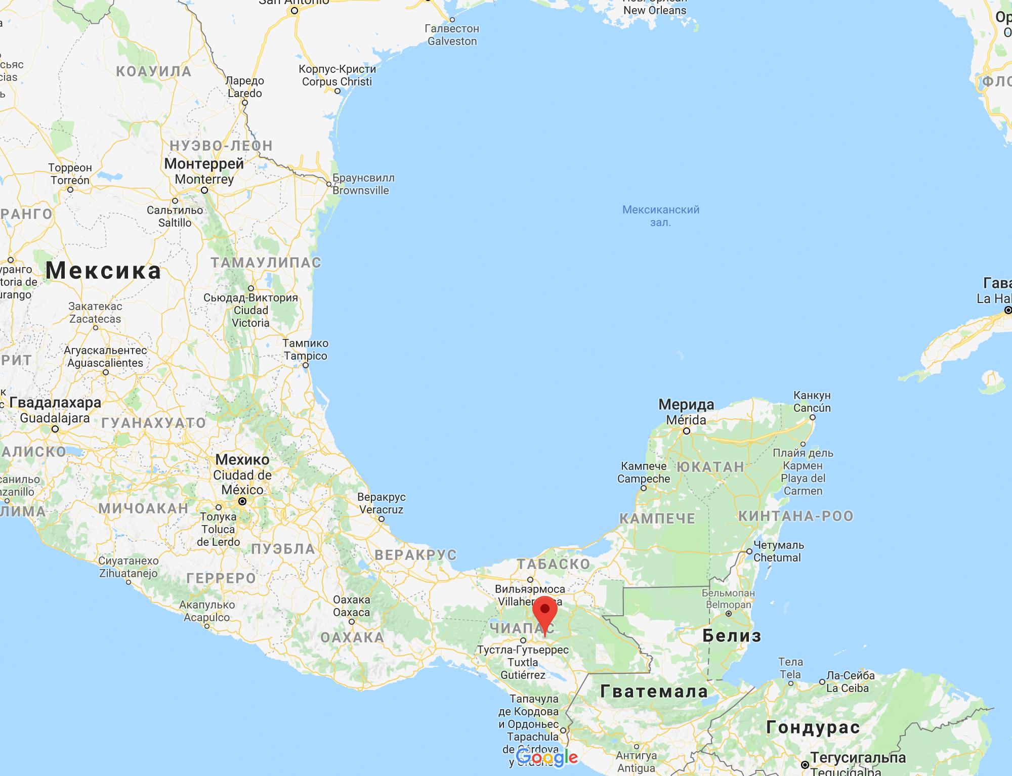 Сан-Кристобаль находится на юге Мексики. До океанов можно доехать на машине: до Атлантического за 6 часов, до Тихого — за 3