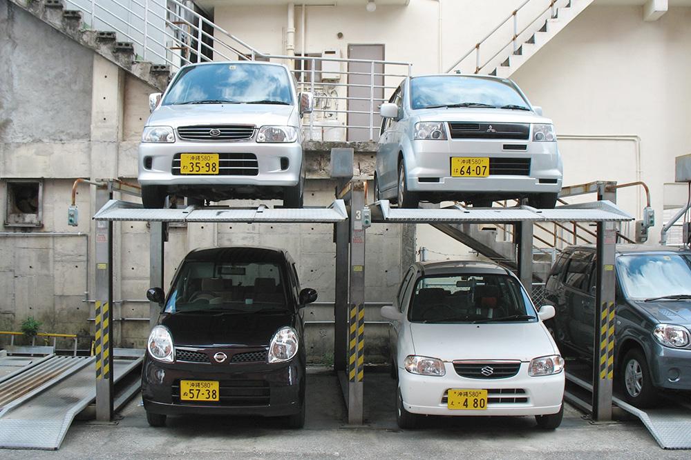 Многие предпочитают малолитражки: на них в Токио парковаться удобнее
