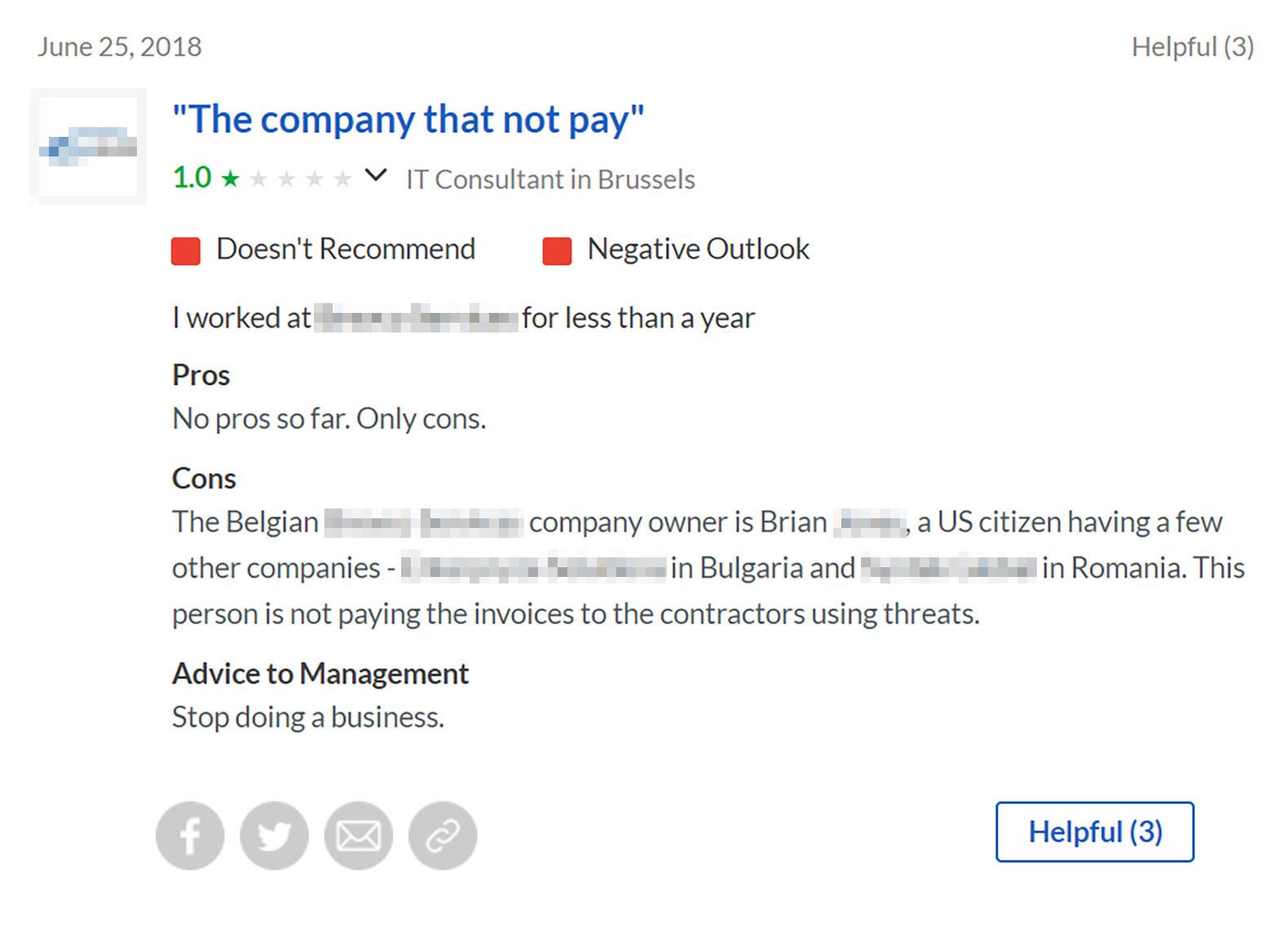 Так выглядел негативный отзыв о компании на Glassdoor. Сайт не удаляет отзывы, зато сам работодатель может ответить и попытаться снизить негатив. Но здесь компания окончательно утопила собственную репутацию истерическим комментарием с угрозами