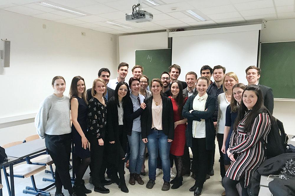Это наша группа после игры в заседание ООН по курсу «Политика соседства Евросоюза»