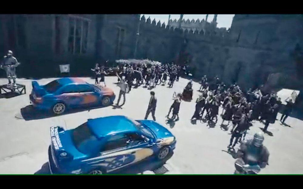 Кадр из фильма. Массовка изображает свиту, которая поддерживает главных героев перед гонкой. Фото: nizaika.org
