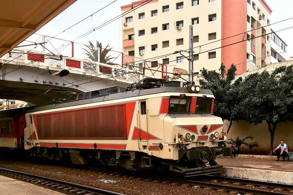 Поезд на станции в Рабате