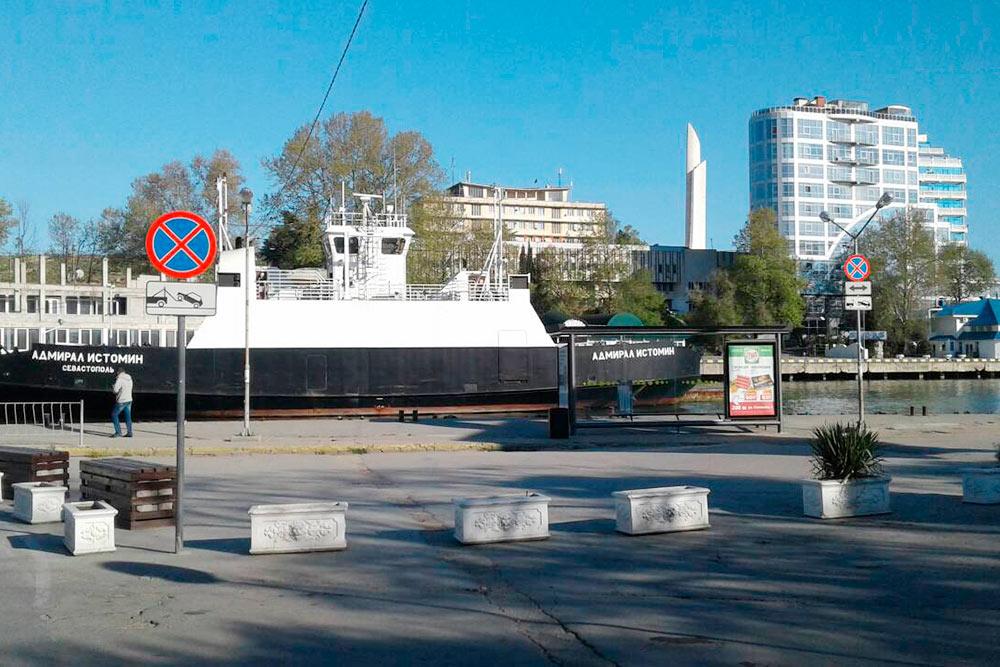 Паром «Адмирал Истомин» назван в честь героя Крымской войны Владимира Истомина
