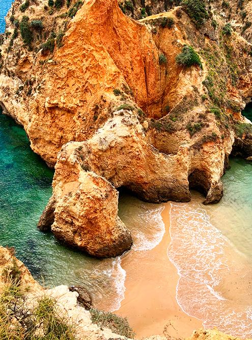 Самые красивые пляжи я видела в Алгарве, там они в основном дикие
