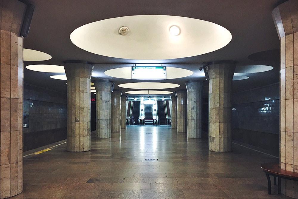 Станция «Площадь Гарина-Михайловского»
