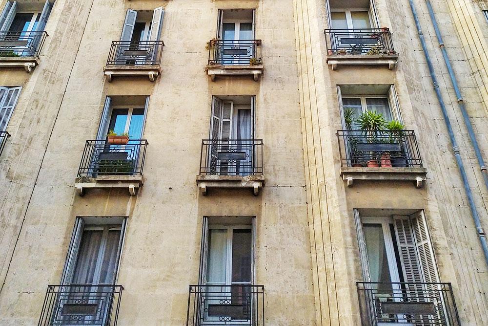 Типичные дляфранцузских домов окна