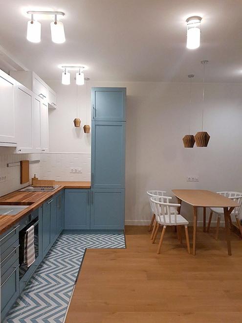 На кухне у нас накладной свет