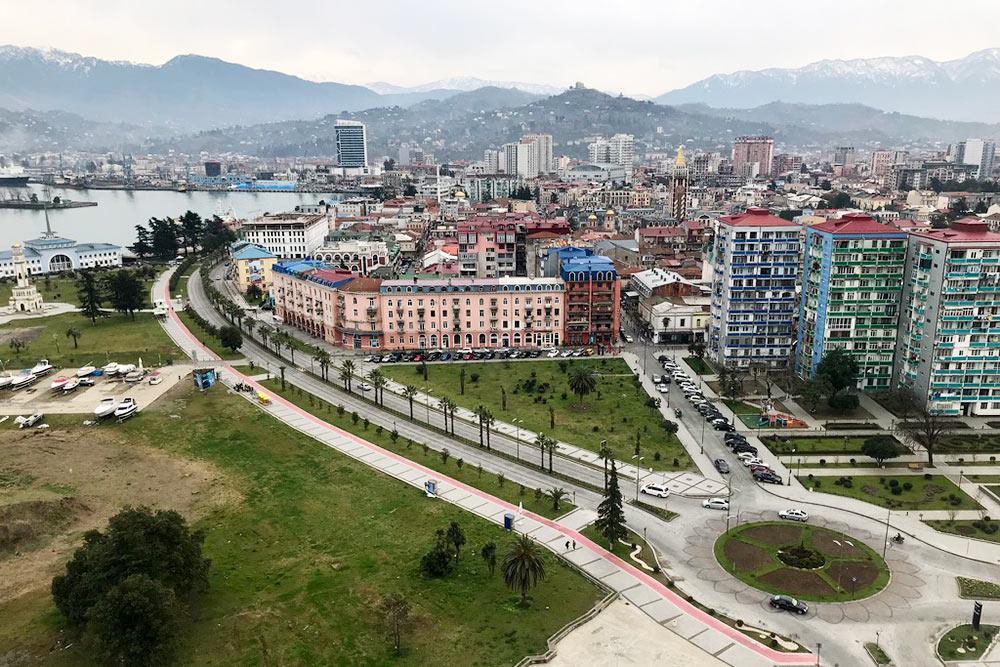 Вид на Батуми с новостройки Porta Batumi