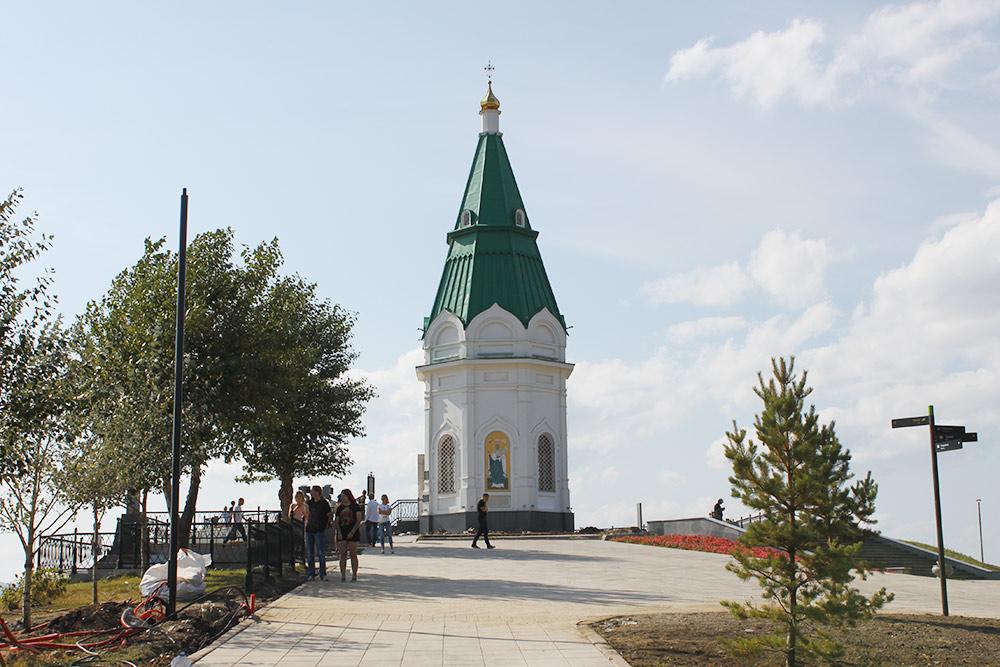 Главная достопримечательность Красноярска — часовня Параскевы Пятницы с десятирублевой купюры