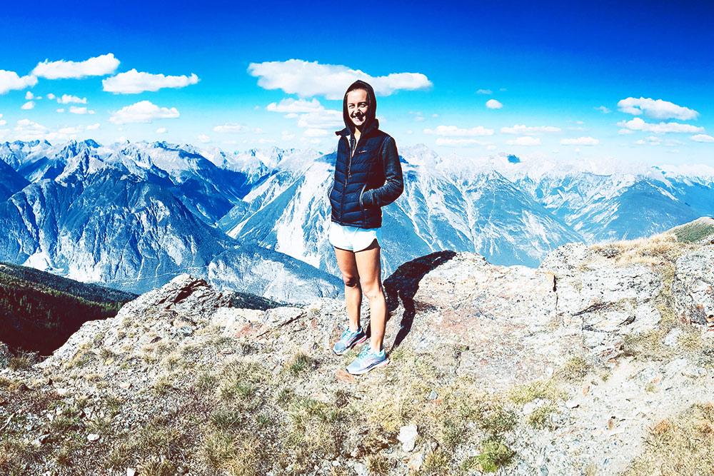 Что может быть лучше прогулки в солнечный день в Альпах, где сердце замирает от необъятной красоты вокруг, а голова кружится то ли от нехватки кислорода, толи от переизбытка впечатлений