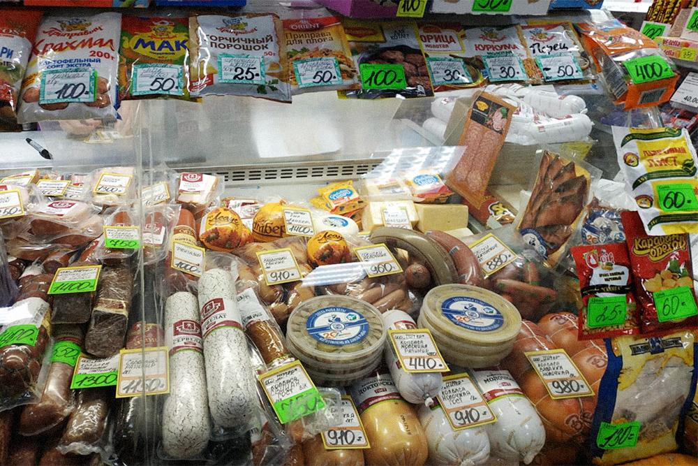 Сыр примерно столько же