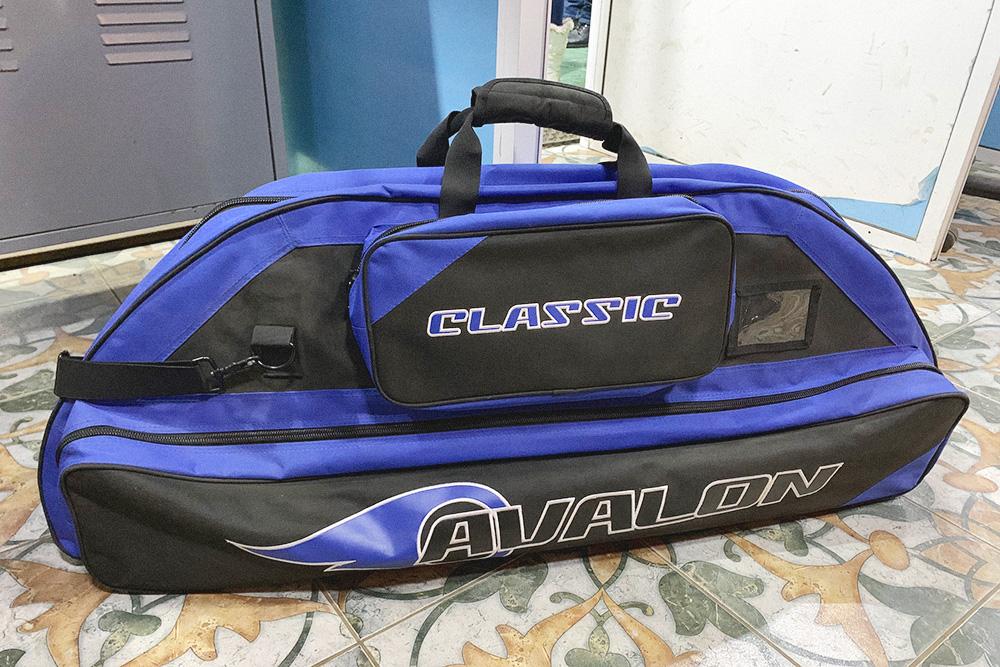 У меня недорогой мягкий чехол Avalon Classic за 34,99£