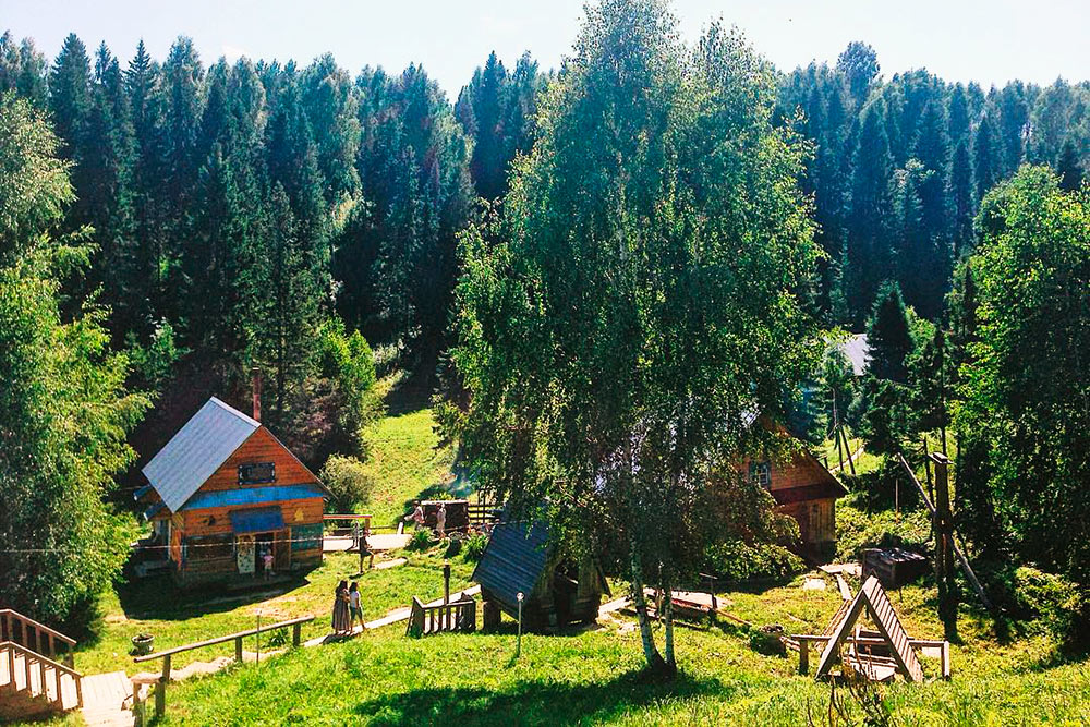 Один из основных источников дохода в Визимбире — туристы, длякоторых здесь построили базу отдыха