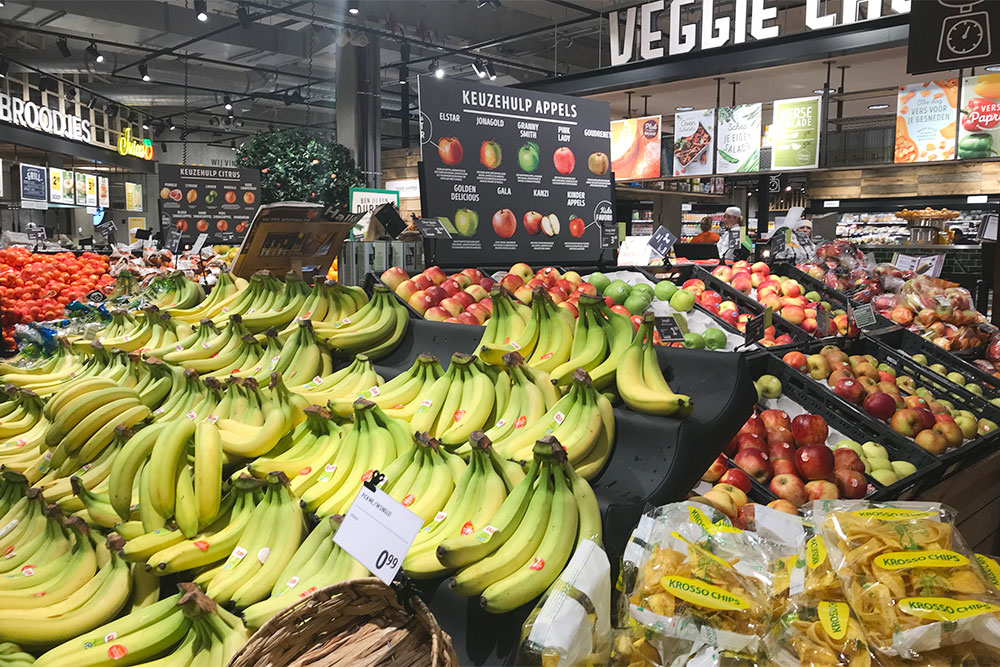 Бананы в супермаркете дешевле, чем на рынке
